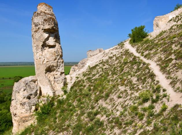 """Cretaceous outcrops at nature reserve """"Divnogorie"""", Voronezh region, Russia"""