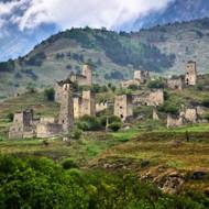 Средневековый башенный город Эгикал. Кавказ
