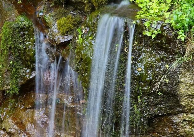 gremyachij-vodopad_01