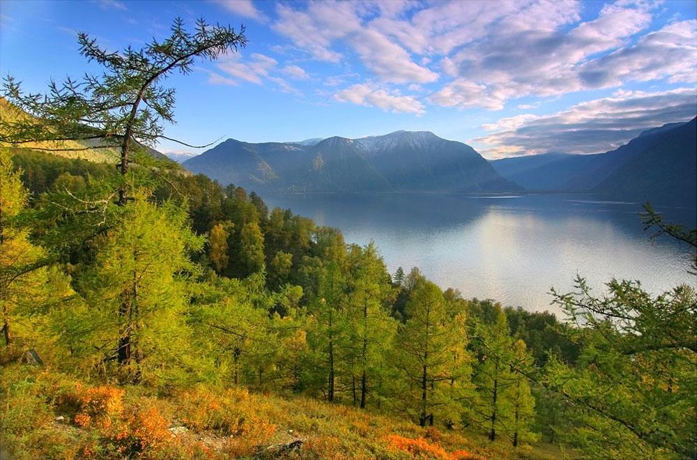 Озеро цвета