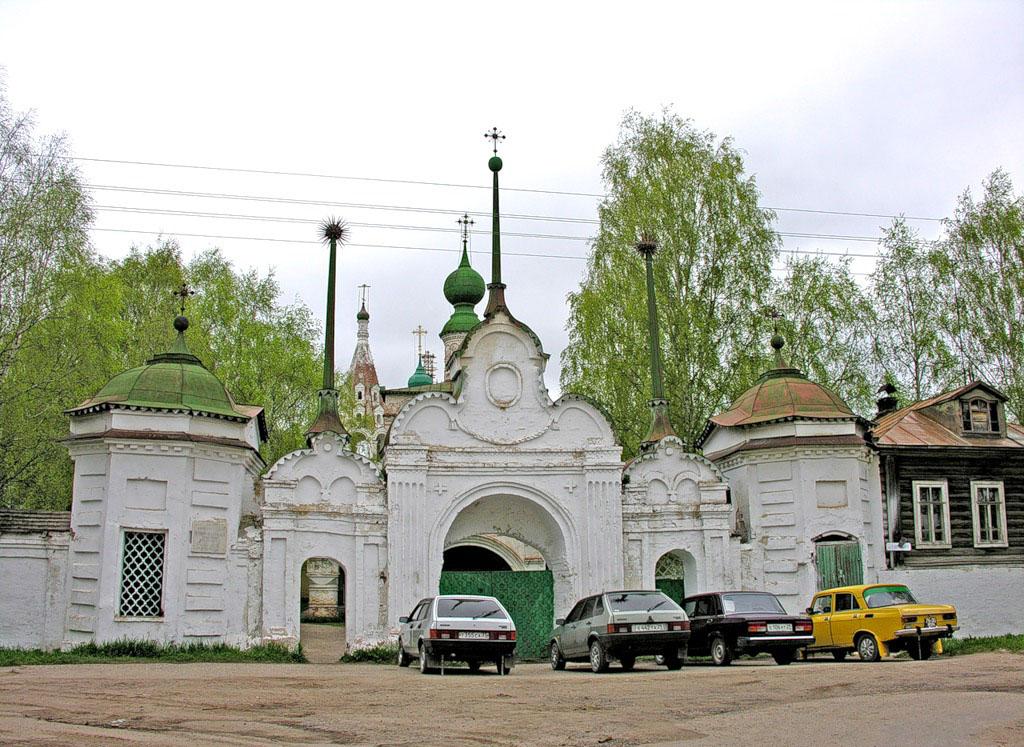 mihaylo-arhangelsky-monastyr_02