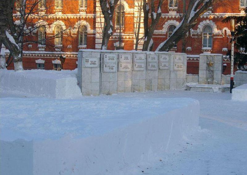 ВВВУТ. Снег в армии лежит по линеечке