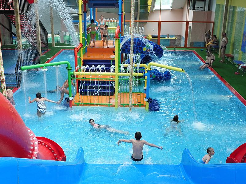 Картинки по запросу аквапарк москва дети