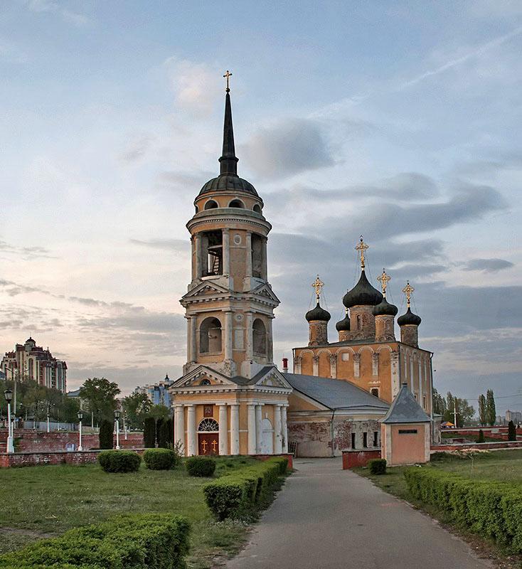 voronezh-uspenskaya-cherkov_01