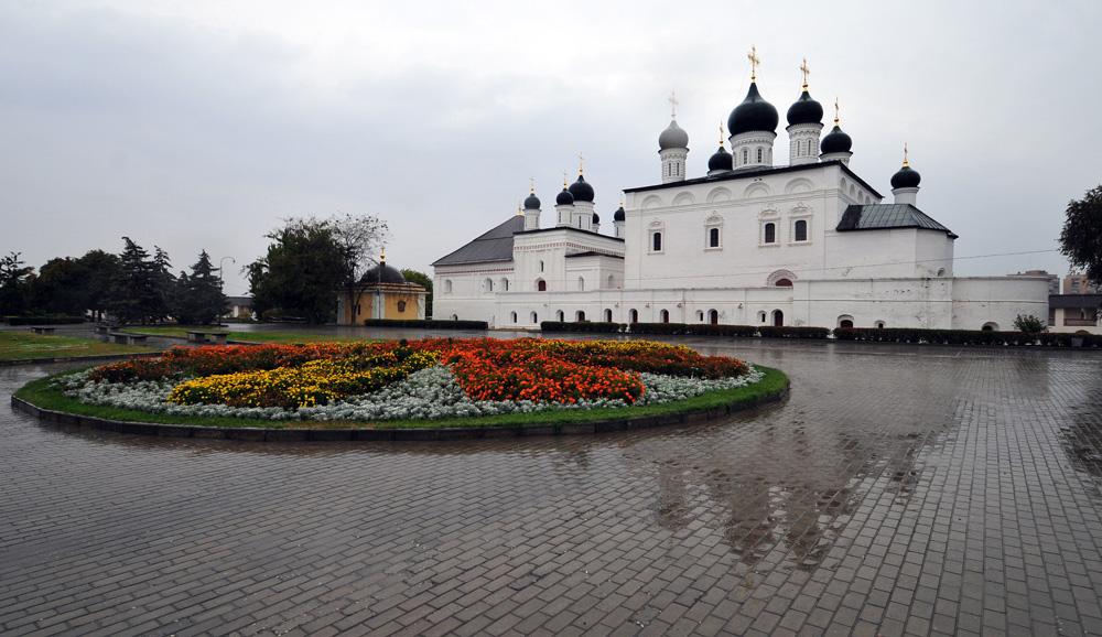astrahansky-kreml_troickiy-sobor_10