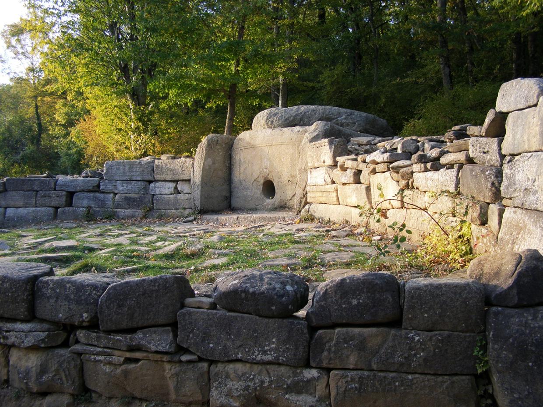 dolmeni-sev-kavkaza_02