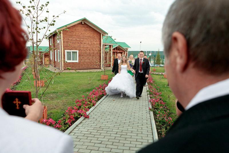sverdlovsk_belaya-loshad_svadba1