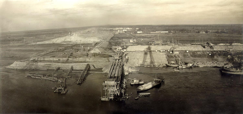 Панорама строительства Рыбинской ГЭС, 1939 год.