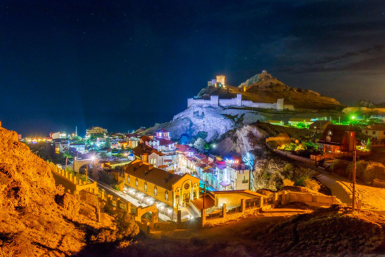 Ночной Судак, Крым