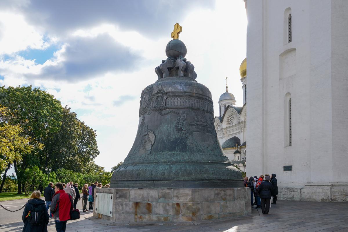 Царь-колокол в Москве