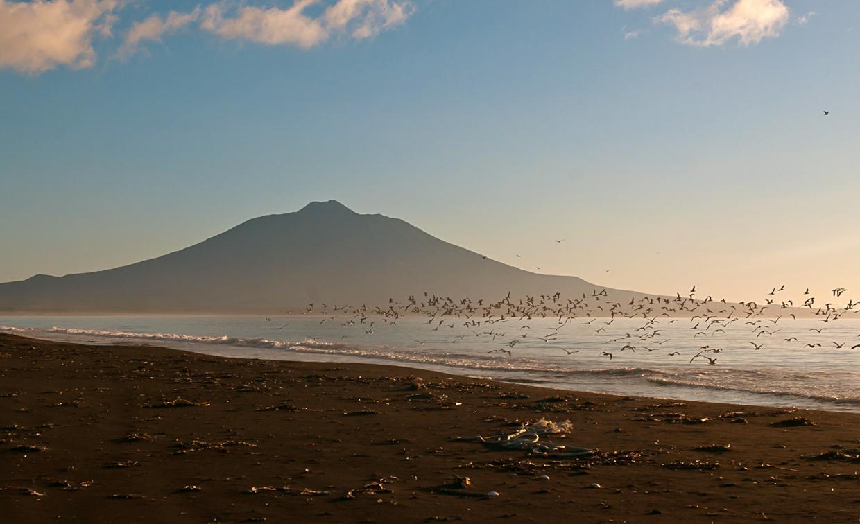 Очертания вулкана Тятя в полной красе.