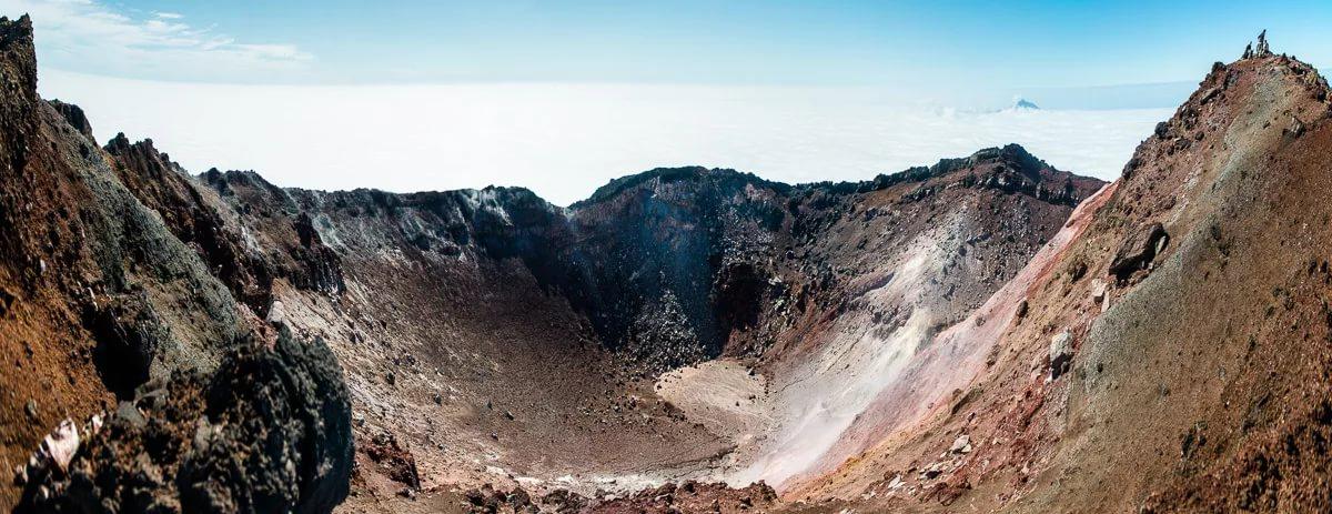 На склонах вулкана Тятя.