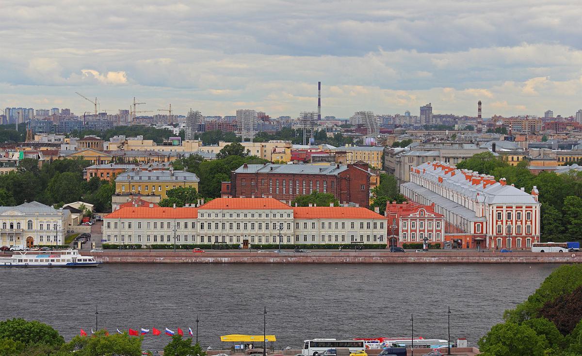Санкт-Петербургский государственный университет - один из центров  российской науки и культуры