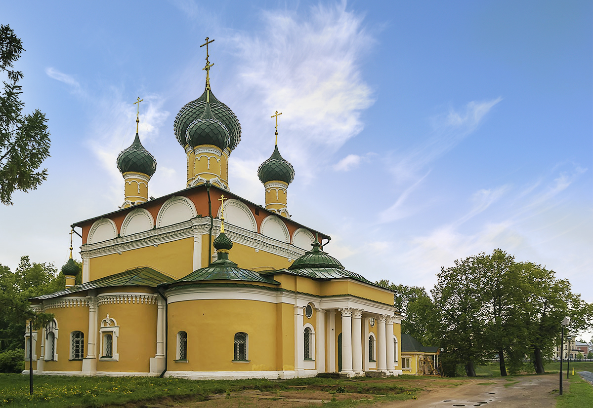 Спасо-Преображенский собор в кремле Углича Ярославской области.