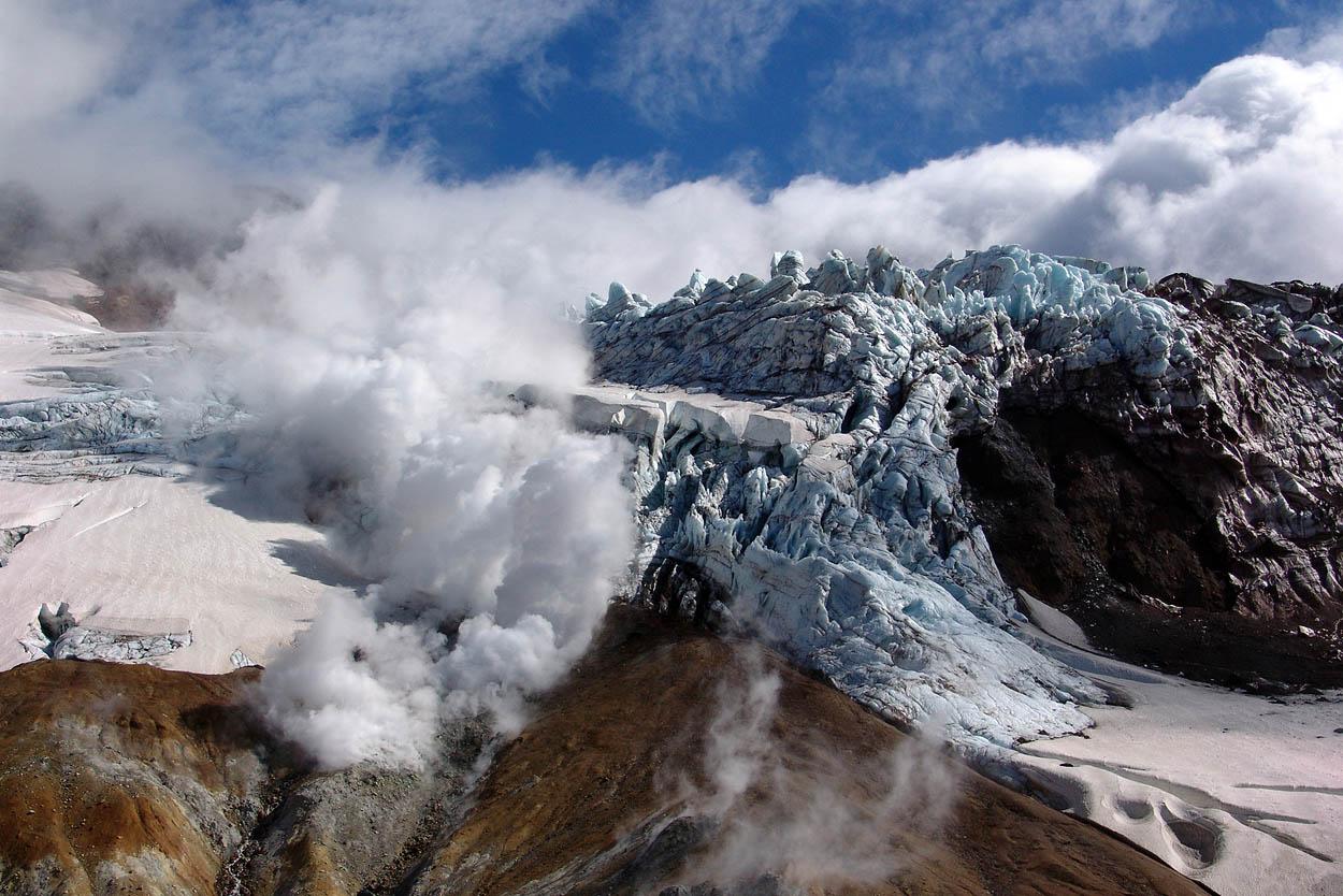 Мутновский - действующий вулкан Камчатки