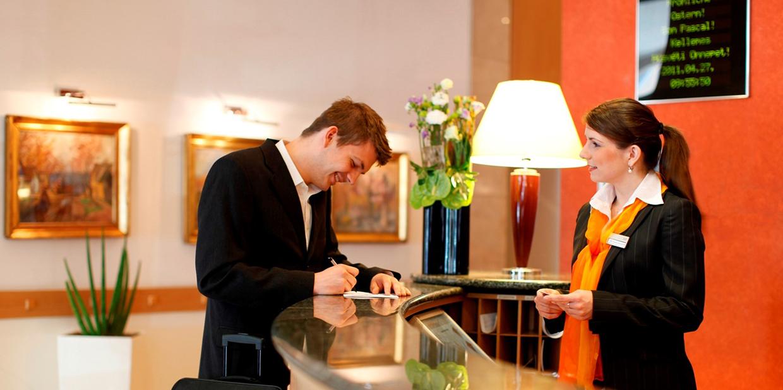 Reception - заселение в отель